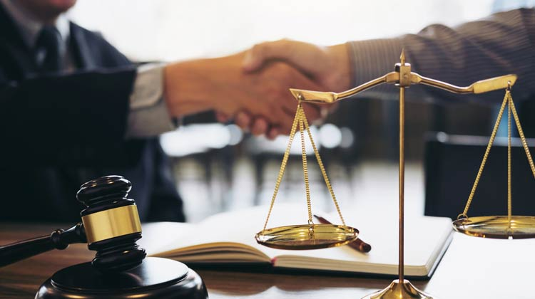 Top Benefits of Being a Lawyer