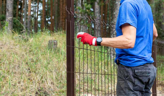 professional fencing service