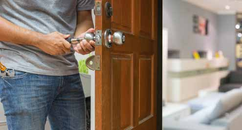 Locksmith to Change Locks For a New Home