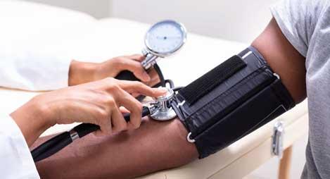 Dark Chocolate Lowers High Blood Pressure