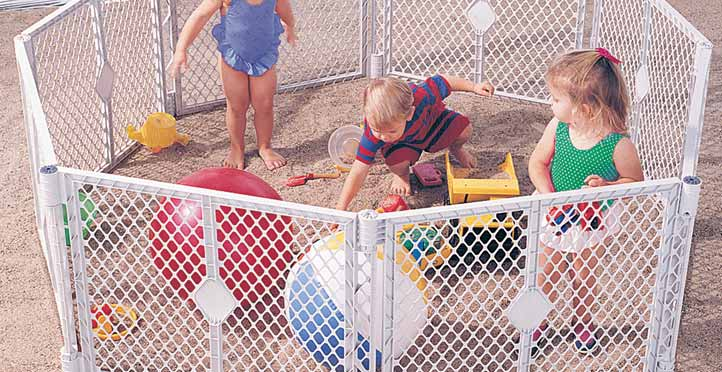 Portable Self-Contained Play Gate for Traveling Babies and Toddlers